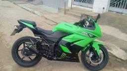 Kawasaki ninja 250R edição especial 2011 - 2011