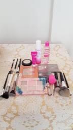 Vendo Kit de Maquiagem