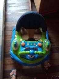 Vendo a este bebê conforto e carrinho