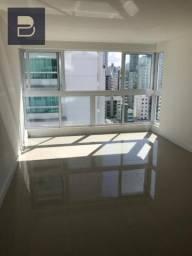 Apartamento em Balneario Camboriú/Analisa Permuta em Londrina