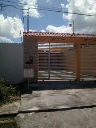 Vende se Casa Pq das Laranjeiras R$ 300.000