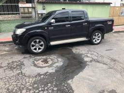 Hilux top 10/10. 85.000.00 - 2010