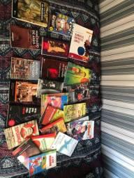 Livros usados*aceito pechinchar*