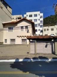 Casa com 5 quartos sendo 01 com suíte para alugar, 197 m² por R$ 4.500/mês - Jardim Glória