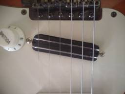 Captadores Mini humbucker e sigle