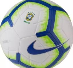 Bola para campo/society semi nova