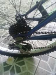Bicicleta urbana aro 24 maxa quebrada peneu empenado