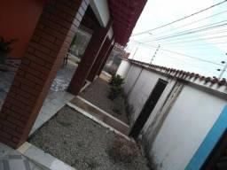 Casa com 3 suítes para alugar por R$ 2.500/mês - Cjr Lima Verde - São José de Ribamar/MA