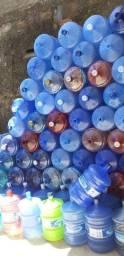 Garrafões de água