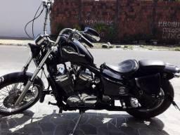 Chadow 600 cc