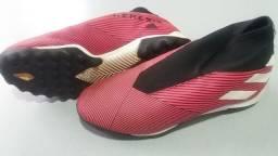 Chuteira Society Adidas Nemeziz