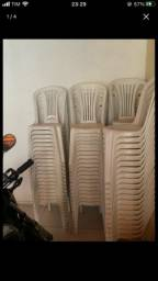 Cadeiras plástica TRAMOTINA extra
