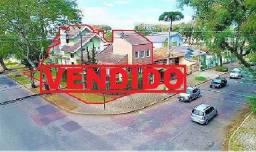 Excelente casa de alto padrão, Rua Silveira Neto, 580, Água Verde, Curitiba-PR