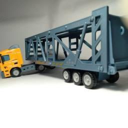 Miniatura caminhão Trucado Cegonha Coleção escala 1/64