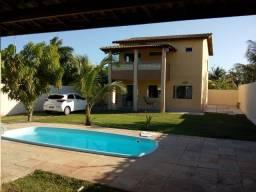 Casa com 3/4, 500m2, Piscina, Quiosque, Cond. em Barra do Jacuípe !