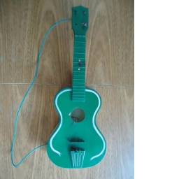 Antigo Violão de Brinquedo Elka Anos 80
