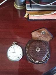 Relógio Omega Ferradura Antigo em perfeito estado e revisado