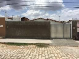 Alugo Casa na cohab em Assú