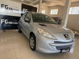 Lindo Peugeot 207 XR 1.4 2012 completo