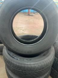 Pneus 265.65.17 Bridgestone