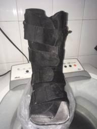 Título do anúncio: Bota ortopédica . Número 37