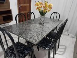 Título do anúncio: Mesa de jantar com tampo em mármore com 6 Cadeiras. Entrego