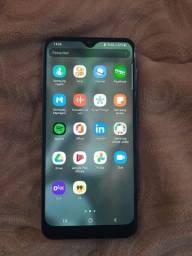 Título do anúncio: Samsung A30 . 64 giga