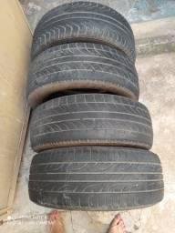 Vendo 4 pneus semi novos