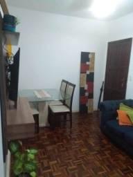 Vendo apartamento com 1 quarto,sala, wc e cozinha.