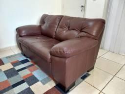 Título do anúncio: Vendo sofá de couro marron 2 lugares