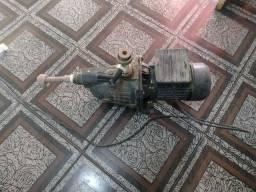 Bomba aspirante super potente.300 reais