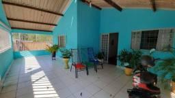 Título do anúncio: Casa com 2 quartos, sendo 1 suíte à venda por R$ 585.000 - Cidade Velha - Barra do Garças/