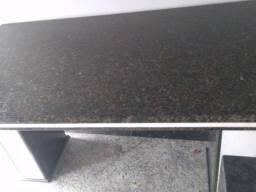 Título do anúncio: Vendo lindo mesa de granito  verde Ubatuba