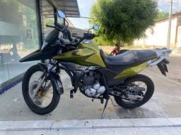 Xre 2012/2012 moto já emplacada pra 2022 no ponto de transferir