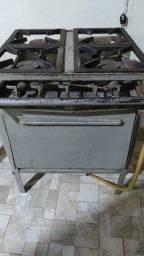 Título do anúncio: Fogão industrial quatro bocas com forno