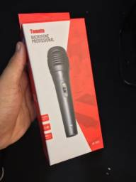 Microfone com fio dinâmico