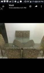 Vendo ou troco em uma menor .mesa com 6 cadeiras