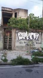 Casa inacabada na Dionísio Bentes enfrente ao tribunal de justiça Lauro sodré