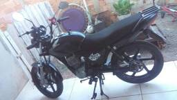 Vende-se Titan 150 2004 - 2004