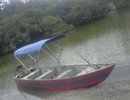 Barco em alumínio com capota - 2015