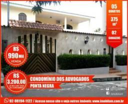 Casa com 05 quartos - Condomínio dos Advogados - Ponta Negra