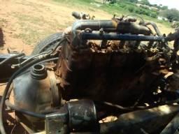 Motor MWM 229 6 cilindro maçarico uma caçamba um diferencial 230 oito furo reduzido uma ca