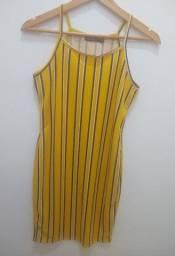 Lote 2 - Blusas e vestido seminovos