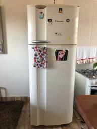 Geladeira electrolux com freezer separado