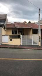 Casa Geminada para aluguel, 3 quartos, 1 vaga, Barra do Rio Cerro - Jaraguá do Sul/SC