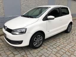 Volkswagen Fox Trend 1.6 ano 2014 Completo