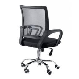 Cadeira Giratória Com Base Cromada AG347