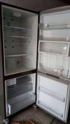 Geladeira/Refrigerador Brastemp