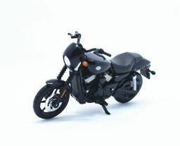 Miniatura moto Harley Davidson 2015 Street 750 Escala 1/18