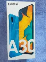 Samsung Galaxy A30 64 GB 04 de Ram Azul navy